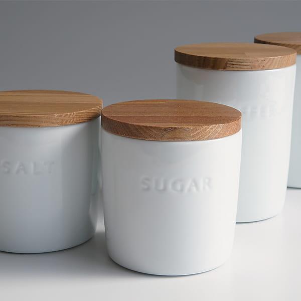 """罐""""树盖的白色的罐""""球座"""