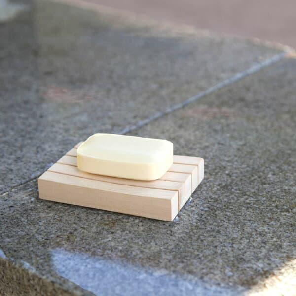 SOAP dish 'SOAP dish made from Kiso hinoki.