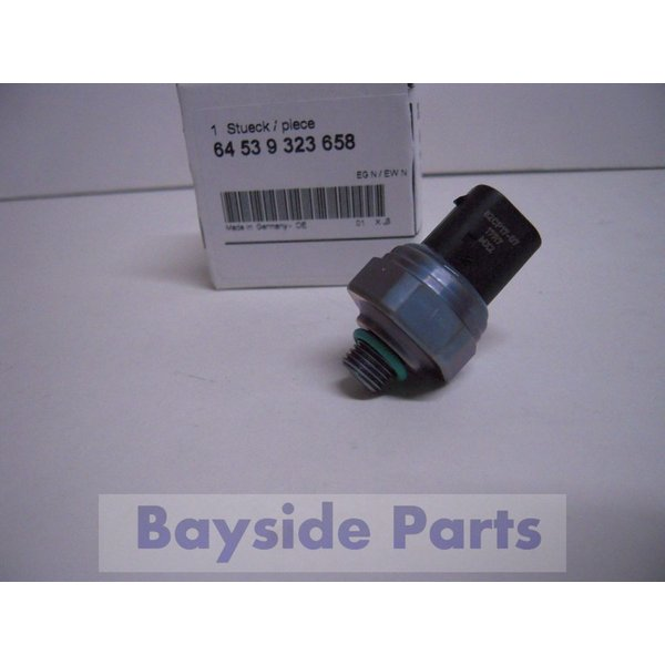 BMW エアコンプレッシャーセンサー 64539323658 純正