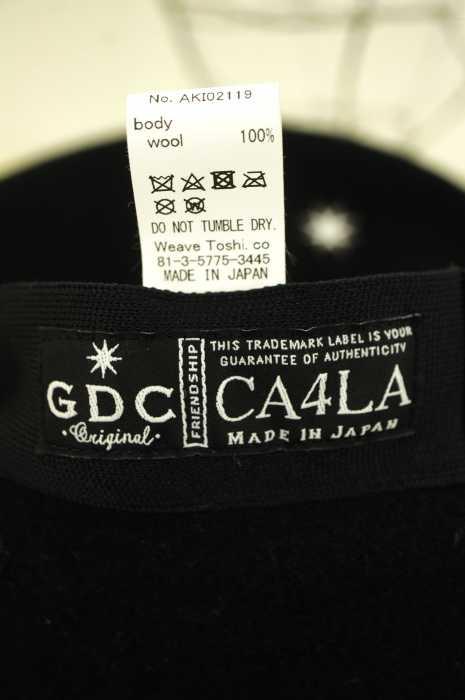 GDC x CA4LA ジーディーシーカシラウールベレー帽 帽子 サイズ 表記無メンズ 男性 MEN 帽子 ホワイト × ブラック系ブランド古着バズストアPkuXZi