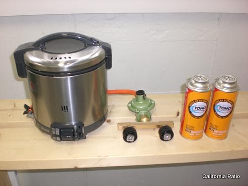 [CB缶対応] 「送料無料」キャンプdeご飯(LPガス炊飯器5.5合炊き&カセットガスアダプター2本タイプ)