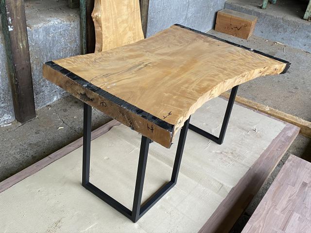 世界の 一枚板 トチ 栃 無垢 天板 テーブル 幅81.5cm×長123cm TH-001, WACKY 8bc25958