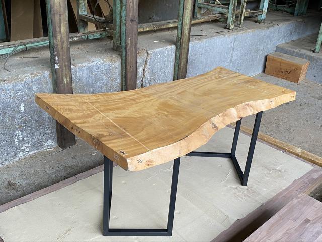一枚板 トチ 栃 無垢 天板 テーブル 幅68.5cm×長154cm TH-002