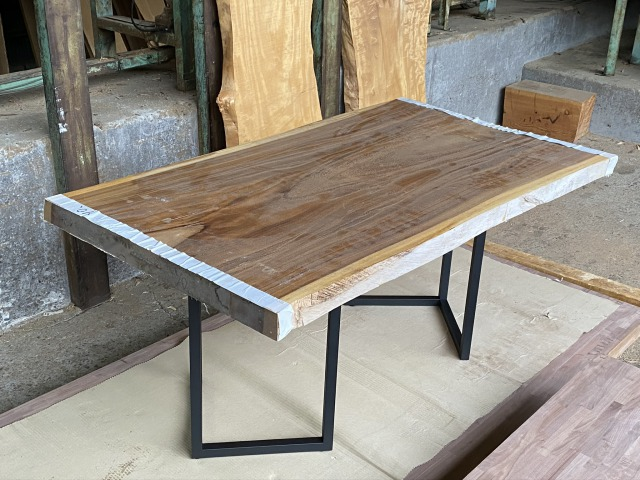 一枚板 モンキーポッド 無垢 天板 テーブル 幅88cm×長162cm MK-001