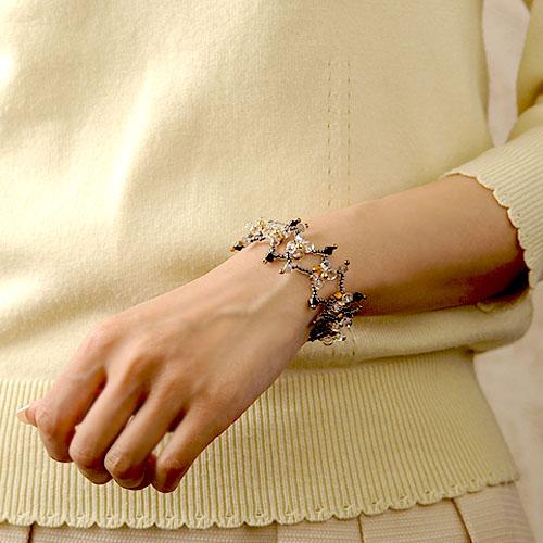 手工制作的配套元件biyon bracelet(biyomburesu)AT-3/有孔玻璃珠配套元件/有孔玻璃珠/手镯/配饰/手制/增长的/手工艺/