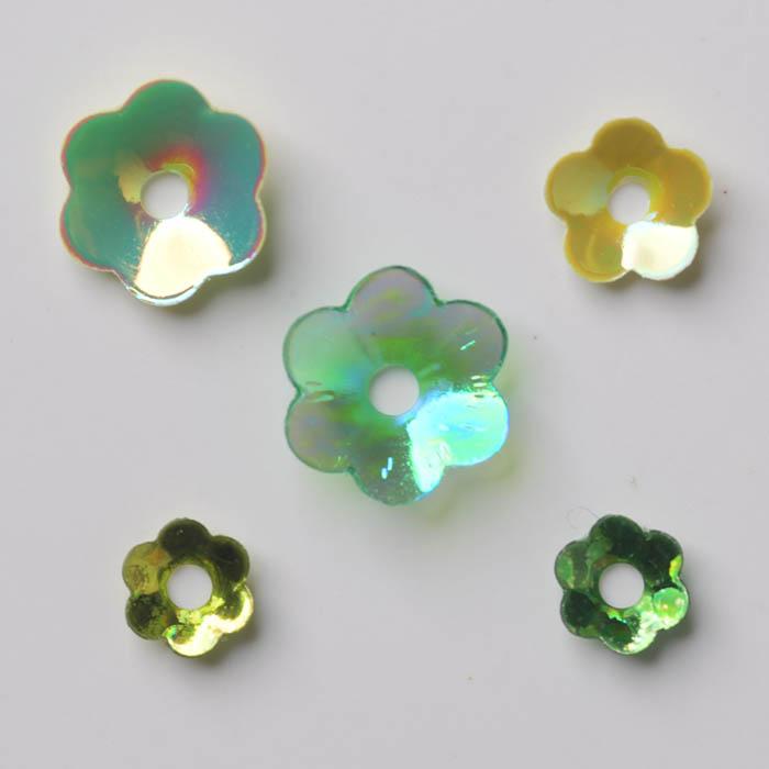 可愛いお花の形のスパンコール5種類セット ハンドメイド 2020 新作 ついに再販開始 パーツ ラティーフ 5種セット グリーン系 Latief フラワースパンコール