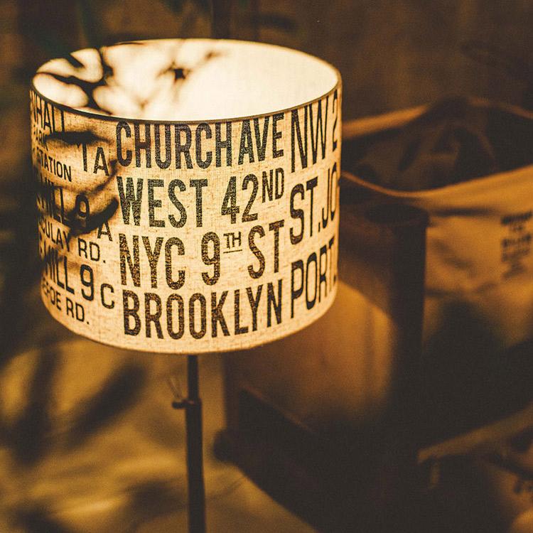 テーブルライト 1灯 バスロールテーブルランプ[BUS ROLL TABLE LAMP]lt-1637 インターフォルム[interform]|間接照明 led レトロ 北欧 テイスト 寝室 おしゃれ かわいい インテリア 照明器具 テーブルスタンド 電気 ベッドルーム スタンドライト ベッドサイド 新生活