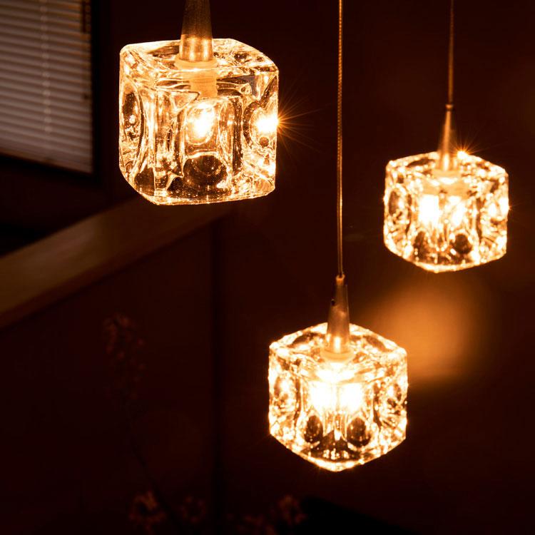 ペンダントライト 3灯 ガラスキューブ ハロゲン nc-45017 キシマ[kishima]|ダイニング用 食卓用 シーリングライト 間接照明 北欧 天井照明 寝室 ガラス おしゃれ かわいい 照明器具 cc-40825 リビング用 居間用 キッチン プレゼント
