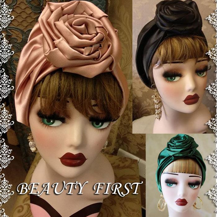 トップに大きなローズを持ってくることにより華やかさと小顔効果をもたらします 人とのオシャレに差をつけたい方にピッタリです 速達メール便送料無料 ローズターバン レディース ポリエステル素材 ローズ薔薇 春夏 帽子 夏でも使える ニット帽 高品質 礼装帽子 公式ショップ ワッチキャップ ブラック ターバン ピンク 花フラワー ヘッドドレス デイリー グリーン ヘアバンド 上品