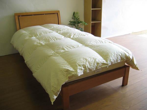マンション専用国産薄めのベッド用羽毛布団-キングサイズ-