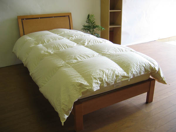 マンション専用国産薄めのベッド用羽毛布団-シングルロングサイズ-150x230cm