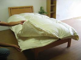 スーパー超長綿・ベッド用羽毛掛けふとんオールシーズンタイプハンガリー産ホワイトグースダウン95%クィーンサイズ