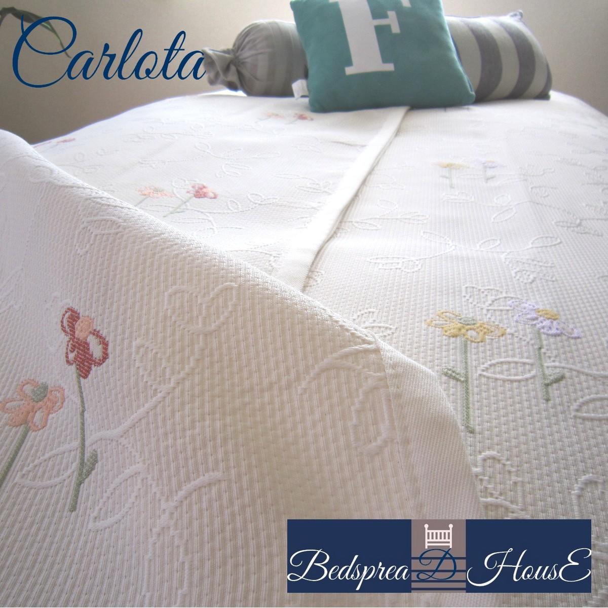 ベッドスプレッド カーロタ クイーン 250×270 cm スペイン製 日本仕様 ジャガード織 リバーシブル 2.3 kg 超広幅生地&デザイン 継ぎ目が無い ベッドカバー ホテル仕様 マルチカバー ギフト プレゼント ご家庭洗濯可
