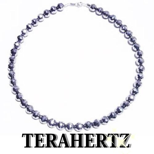 最高級品質 テラヘルツ 8mm玉ネックレス【キラキラ128面カット・長さ約40cm】金具SV925・ロジウムメッキコーティングステンレスワイヤー使用【送料無料】公的機関で品質を調べたテラヘルツです。安心をお届けします。