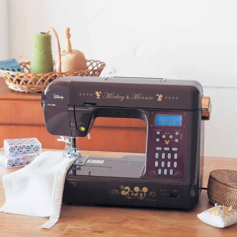 【Disney】ディズニー 絵文字も縫えるコンピューターミシン ◆ A ◆ ◇ 入園 入学 家電 ハンドメイド 手作り 手づくり 裁縫 裾上げ ソーイング ◇