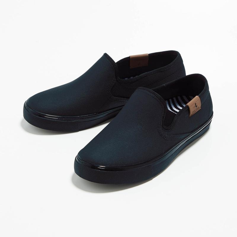 ベルメゾン ディズニー ファンタジー 卓抜 ショップ Disney レインスリッポンシューズ 日本製 ブラック S 22~22.5cm M 23cm L レディース 23.5cm 雨 長靴 シューズ 防水 年末年始大決算 フェス 24~24.5cm LL 女性 レイン 靴 夏