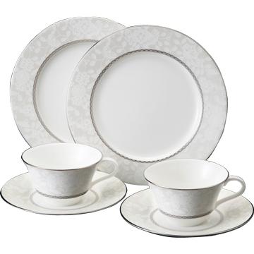ナルミ ボーンチャイナ ミラノビアンカ ティータイム ペアギフトセット(カップ&ソーサー×2、21cmデザート皿×2)