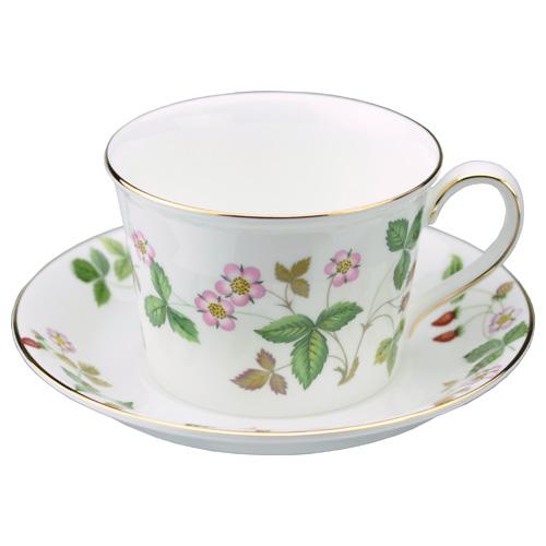 Wedgwood Wild Strawberry Teacup Saucer Delphi
