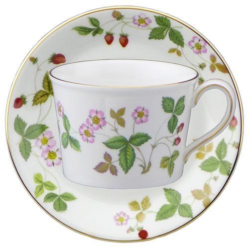 Wedgwood wild strawberry Teacup & saucer (Delphi)