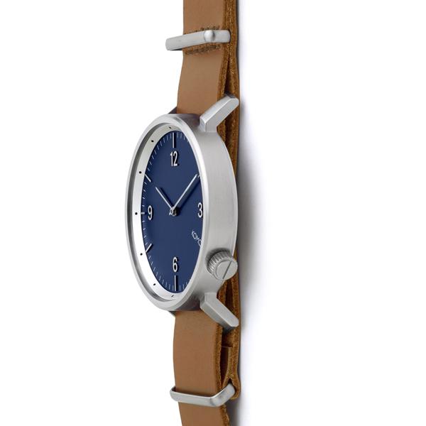 【KOMONO 国内正規品】【1年保証】KOMONO コモノ 腕時計 MAGNUS2 BLUE COGNAC マグナス2 ブルーコニャック メンズ・レディース/ユニセックス KOMONO コモノ KOM-W1947