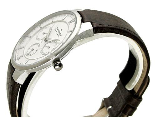 SKAGEN(스카겐) 맨즈 손목시계 멀티 캘린더(레더 벨트・화이트 문자판) 52%OFF 331 XLSL1
