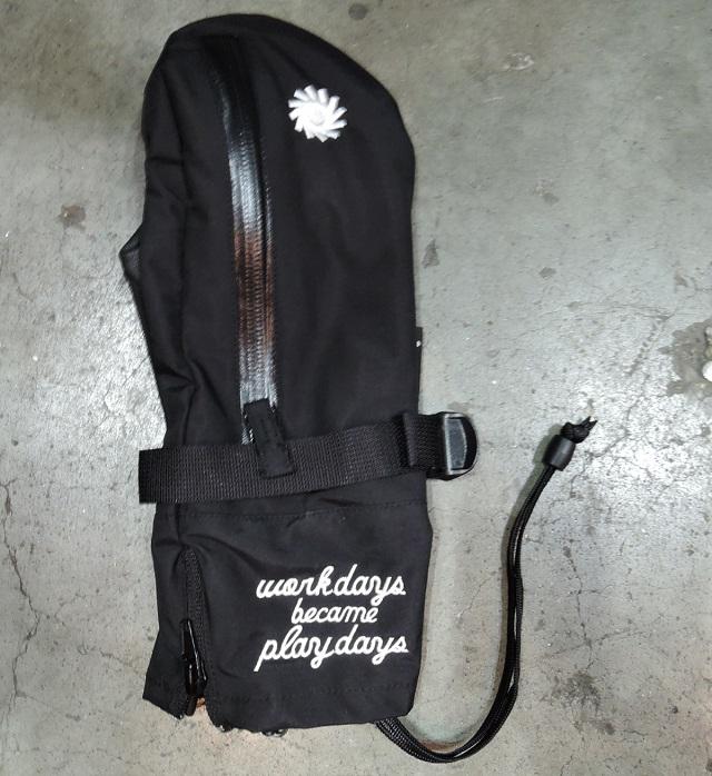 19-20 3REE スリー ミトン グローブ SUPER P01 スーパープレイ URBAN BLACK スノーボード [インナーグローブ付き]