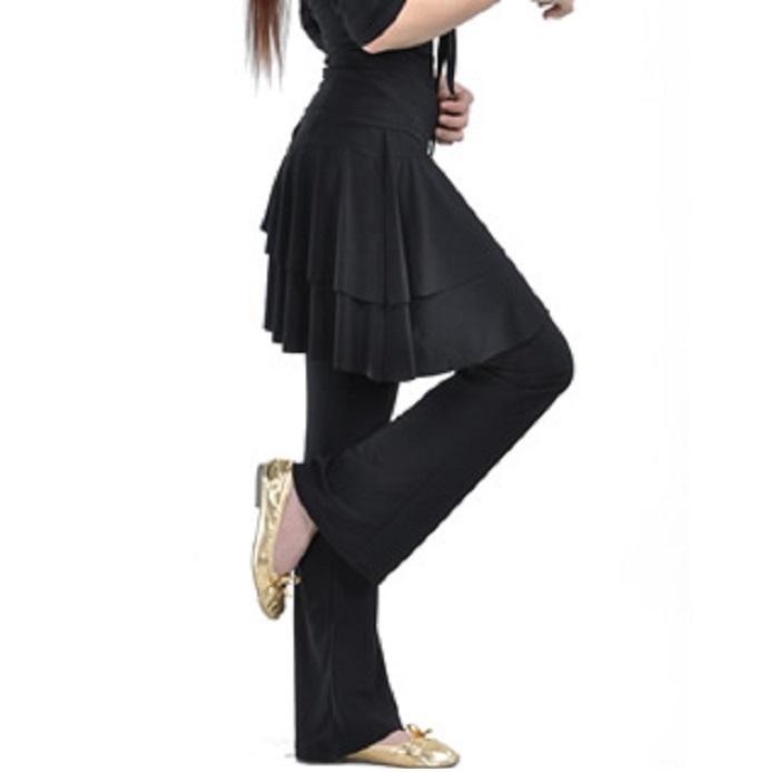ベリーダンス ストレッチパンツ!!伸縮性があり 履き心地もいいです 【806】ダンス パンツスカート付きストレッチフレアパンツ ブラックダンス衣装/コスプレ衣装/ステージ衣装/仮装/余興/アラビアン衣装ベリーレッスン着/レッスンパンツ/発表会/ステージ衣装/