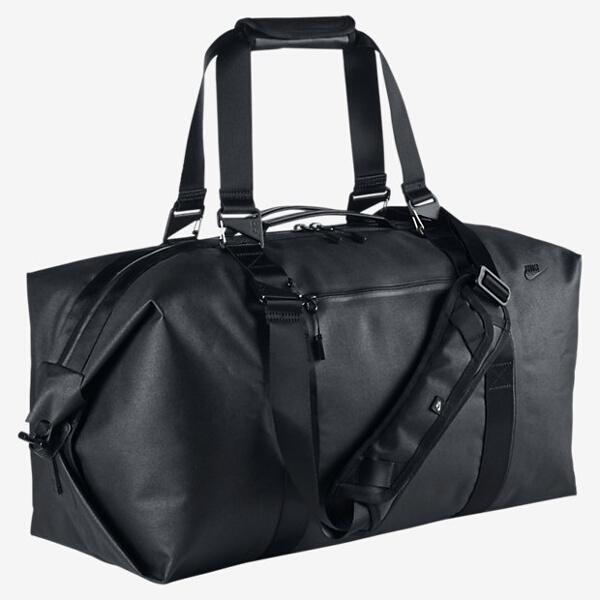 【ナイキ】 NSW ユージーン ダッフルバッグ [カラー:ブラック×ブラック] #BA4386-030 【スポーツ・アウトドア:スポーツウェア・アクセサリー:スポーツバッグ:ボストンバッグ・ダッフルバッグ】【NIKE NIKE NSW EUGENE DUFFLE BAG】