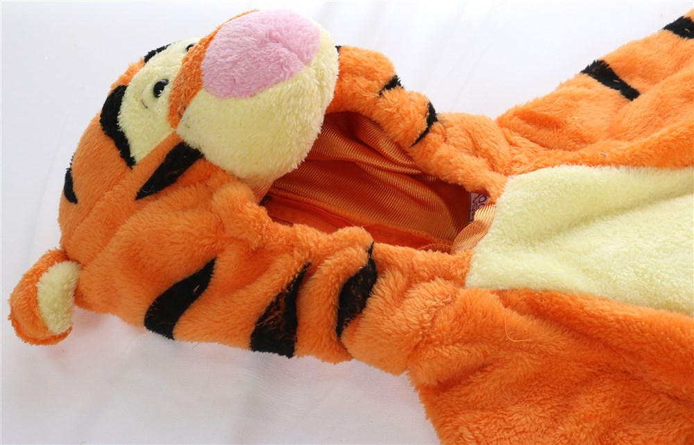 come and conspiracy sees disney disney winnie the pooh tiger tigger thoracostume clothes