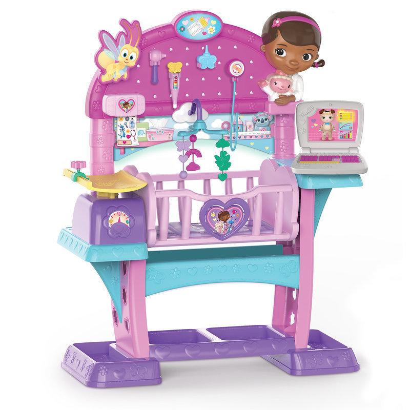 【取寄せ】 ディズニー Disney US公式商品 ドックはおもちゃドクター おもちゃ 玩具 トイ セット [並行輸入品] Doc McStuffins All-In-One-Nursery Playset グッズ ストア プレゼント ギフト 誕生日 人気 クリスマス 誕生日 プレゼント ギフト