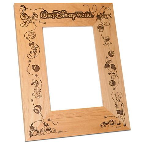 【取寄せ】ディズニー Disney US公式商品 くまのプーさん ウォルトディズニーワールド フォトフレーム 写真フレーム 写真立て 額 アリバスブラザーズ [並行輸入品] Walt Disney World Winnie the Pooh Photo Frame by Arribas - Personaliza