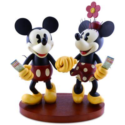 【取寄せ】ディズニー Disney US公式商品 ミッキーマウス ミニーマウス フィギュア 置物 人形 [並行輸入品] Pie-Eyed Minnie and Mickey Mouse Figure