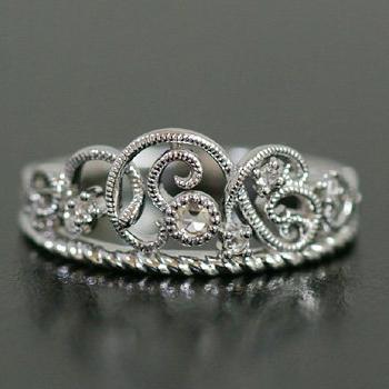 K18 リング ローズカットダイヤモンド 大切な人への送り物としても良いリング。女性なら誰もが好む輝きと高貴な印象のティアラだからこそ手にした時とても喜んで頂けるはず。 全品ポイント10倍 ローズカットダイヤモンドリング「ブリッラーレ」対応金種:K18(ホワイトゴールド、イエローゴールド、シャンパンゴールド、ピンクゴールド)、 誕生石 4月