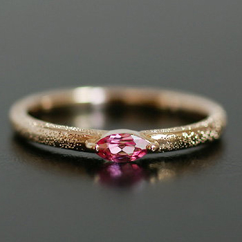 タンザニア産非加熱ピンクスピネルリング 春色ピンク