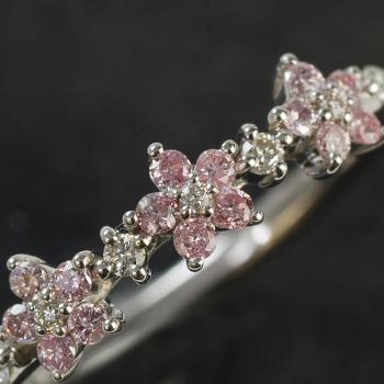 アーガイル鉱山産 ピンクダイヤモンド フラワーモティーフ ダイヤモンド リング※K18WGは通常3週間を1週間で発送します。 誕生石 4月 春色ピンク