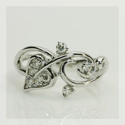 エントリーのみでポイント10倍 4/9 20時~ 幸せをよぶアイビーモチーフ ダイヤモンド リング