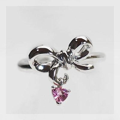 ハートに釘付け ピンクトルマリン リボンのピンキーリング 誕生石 10月 春色ピンク