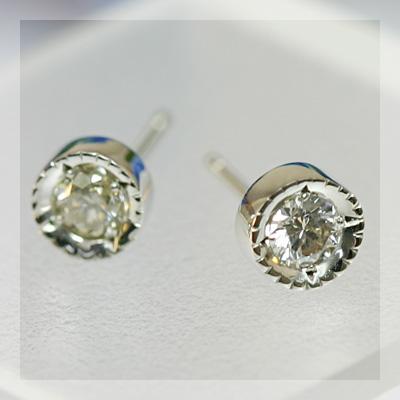 GWイベント開催中 鑑定書付き プラチナ900製グレード付きダイヤモンドアンティークデザイン・ピアス ※こちらのピアスは1ペアの金額です 誕生石 4月 母の日