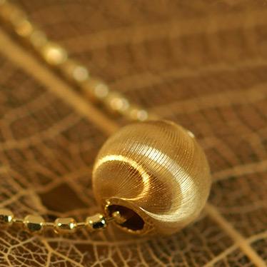 シルクカットペンダント「オーロ/グレーン」ゴールド ネックレス(チェーン付き)