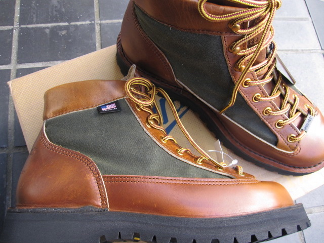 DANNER (Danner) DANNER LIGHT 80TH (Dana light 80 anniversary model) MADE IN U.S.A/ Gore-Tex equipped with model / Horween Leather