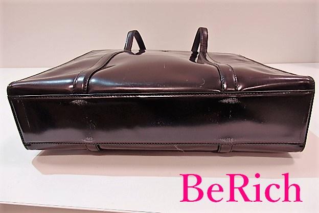 b7fd88a4ac28 プラダのショルダートートバッグのご紹介です. ブランド名, プラダ PRADA. ライン. 素材, パテントレザー(エナメル)