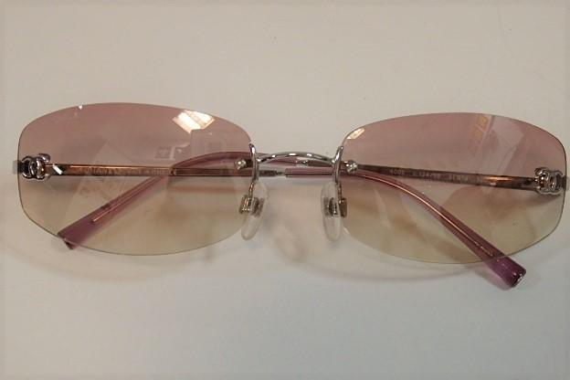 シャネル CHANEL サングラス 4002 c.124/58 ピンク グラデーション シルバー メタリック プラスチック ココマーク リムレス ツーポイント 縁なし メガネ 眼鏡 アイウェア アクセサリー 小物 メンズ レディース 【中古】 bc812