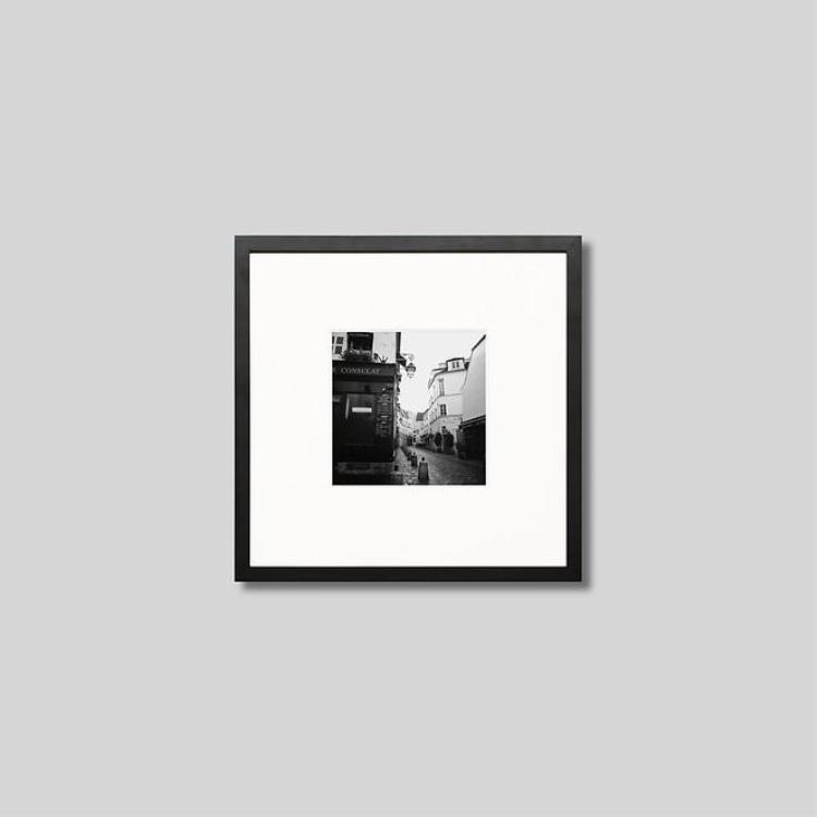 ウッド黒フレーム 正方形Sサイズ インテリア アート 格安激安 フォト プロ作品 デザイナー デザイン フォトグラフ 豊かなおうち時間 男前インテリア モノクロ モダン 新作多数 モノクローム アイグレボウ スタイリッシュ フランス インテリアフォト ピクチャーアート パリの街並み 写真 IGREBOW