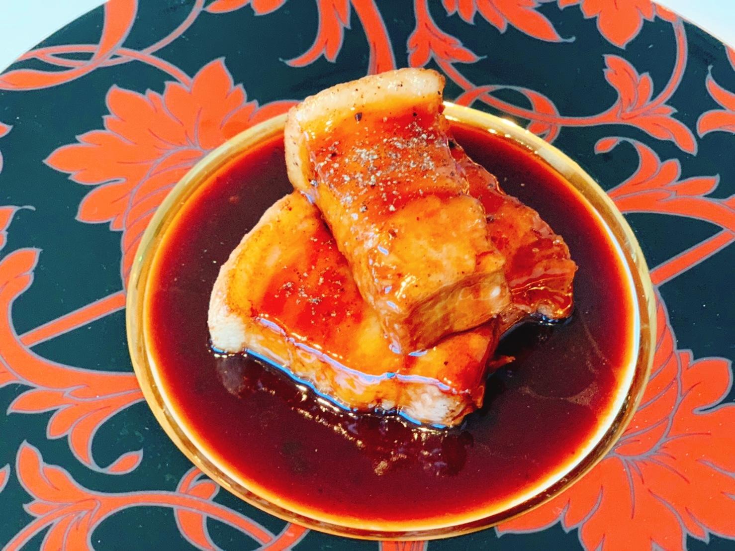 煮込み系料理にイベリコ豚バラ肉はいかがでしょうか?甘い油が特徴なイベリコ豚ならではの味わいです セール 登場から人気沸騰 スペイン産イベリコ豚 バラ 冷凍 業務用PC グリル 4kg~5kgイベリコ豚 70%OFFアウトレット 角煮 チャーシュー 業務用