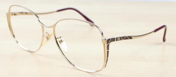30-4605-04[ベストワンオンラインショップ][おしゃれな眼鏡][通販メガネ][老眼鏡][乱視対応][シニアグラス][遠近両用] 可能