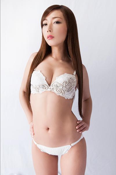 美魔女下着 和泉香帆@美魔女下着モデル (@kaholabo1) | Twitter