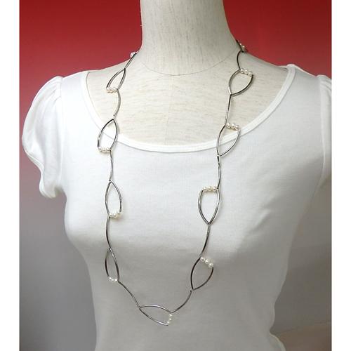 淡水パール と カーブパイプの デザインロングネックレス シルバーカラー 淡水真珠 パール term50 【敬老の日 ギフト プレゼント】