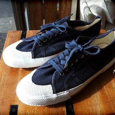 意大利海军M.M.甲板鞋(Italy navy M.M.deck shoes)军事运动鞋DEADSTOCK(滞销商品品)