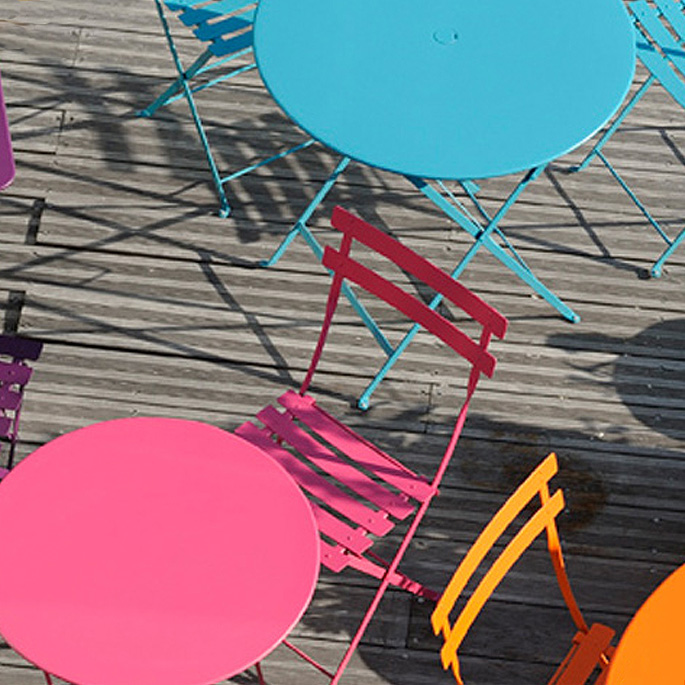 ガーデンファニチャー おしゃれなカフェ風家具 レトロビンテージアイテム 豊富なカラバリ フランス発 Bistro(ビストロ) Round Table 60(ラウンドテーブル60) ガーデンテーブル Fermob(フェルモブ) スタンダードカラー12色 送料無料