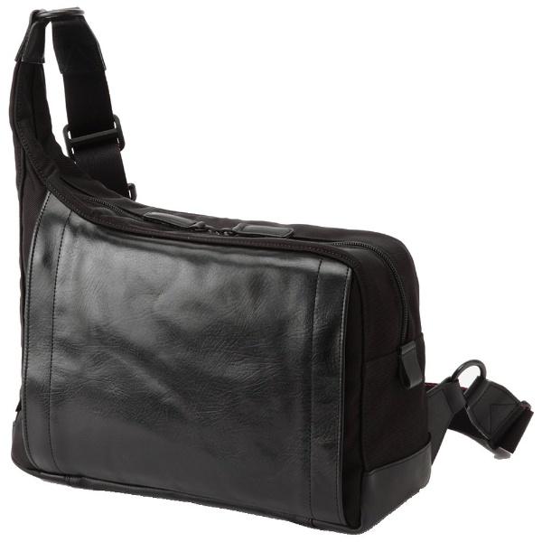 アルティザン&アーティスト RR4-05C(ブラック)[RR405C] ボディバッグ型カメラバッグ 【送料無料】